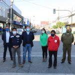 Nuevo cruce semaforizado que mejorará la seguridad vial en el centro de Santa Cruz.