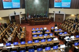 Presidente de la Cámara renuncia a bancada RN tras aprobarse  proyecto del 10% de AFP.