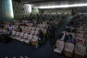 Gobierno anuncia apertura de teatros y cines con aforo reducido a partir de la fase 3 del plan Paso a Paso.